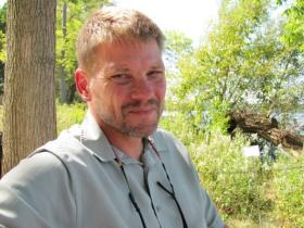 UW wildlife biologist Tim Van Deelen is a wolf expert who has served on the scientific advisory committee to the DNR as Wisconsin's wolf population moved from endangered to stable.