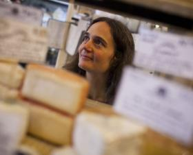 Author and anthropologist Heather Paxson highlights the people and practices behind the recent influx of artisan cheese.