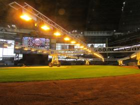 New lighting system enables ballpark grass to grow while Milwaukee waits for spring