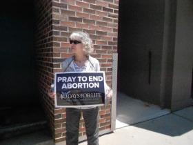 Abortion protestor outside clinic on Milwaukee's east side