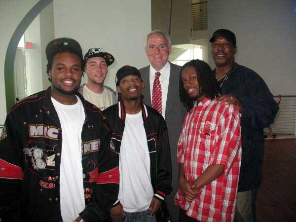 Attendees with Mayor Barrett
