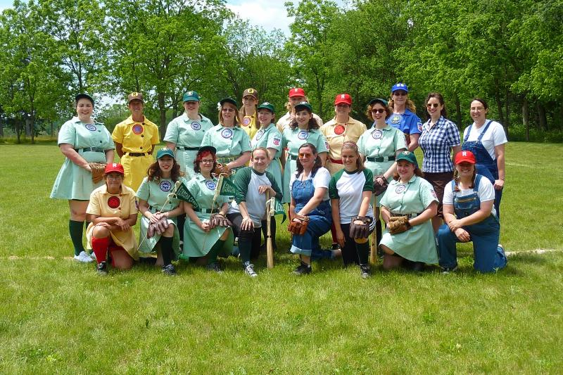 Members of the new Kenosha Comets, Rockford Peaches, Racine Belles and South Bend Blue Sox