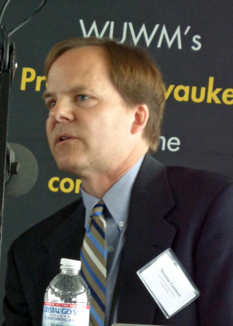 Panelist Tom Content, Milwaukee Journal Sentinel writer