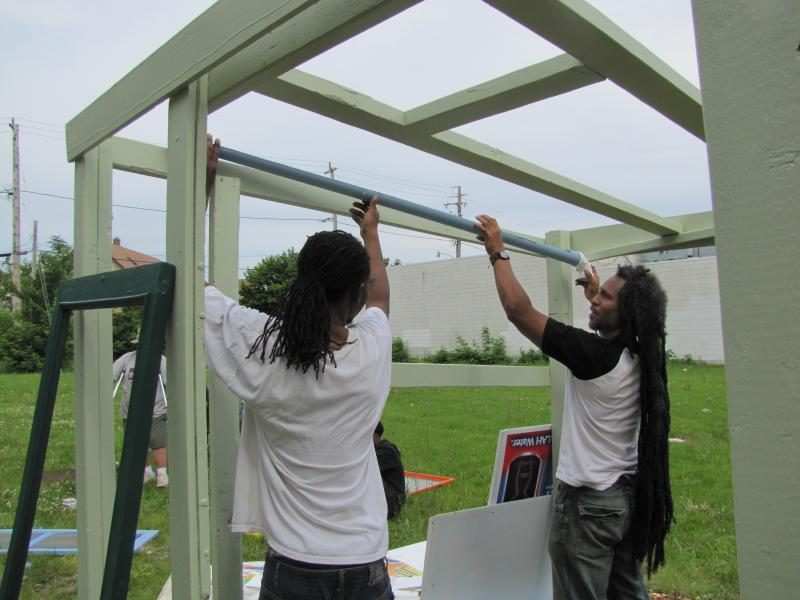 Teamwork on IN:SITE temporary public art on Fond Du Lac