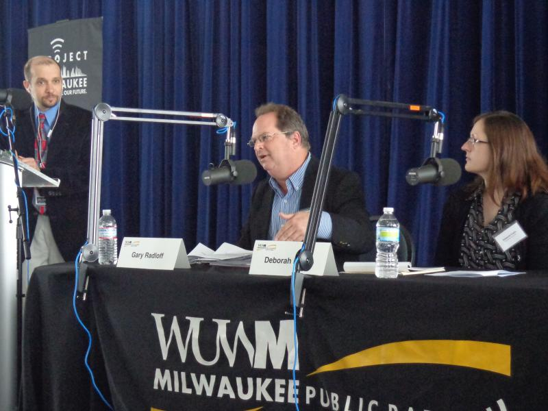 Lake Effect's Mitch Teich and panelists Gary Radloff and Deborah Erwin