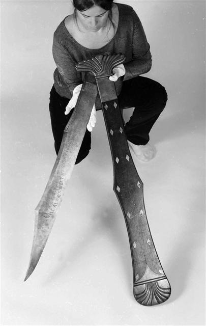 """The """"Monster knife"""" of John Fox Potter, 1860"""