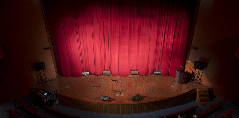 Alverno Presents last show will be at the Pitman Theater featuring The Jones Family Singers.
