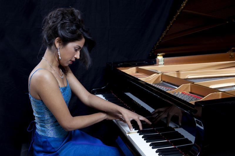 Pianist Pallavi Mahidhara, winner of the PianoArts Anne Bach Grunau Prize in 2006.