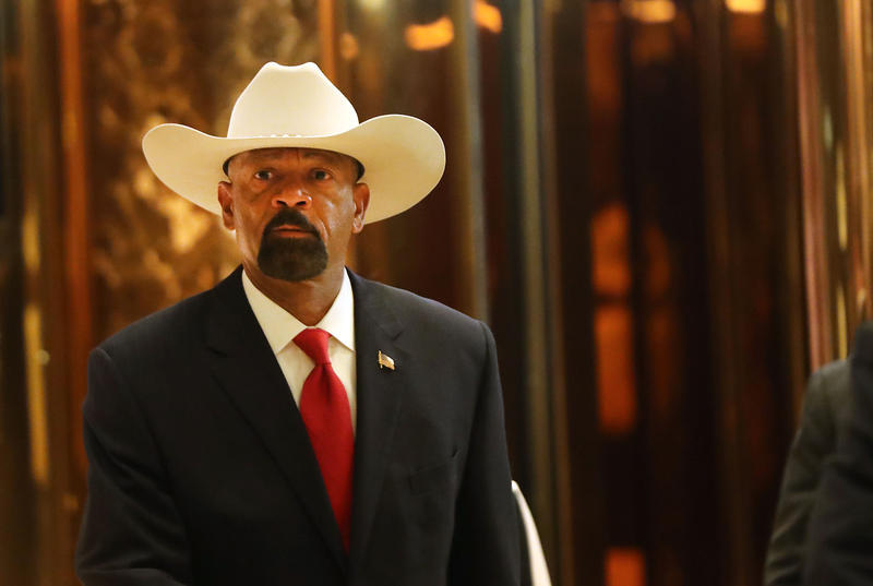 Milwaukee County Sheriff David Clarke leaves Trump Tower on November 28, 2016 in New York City