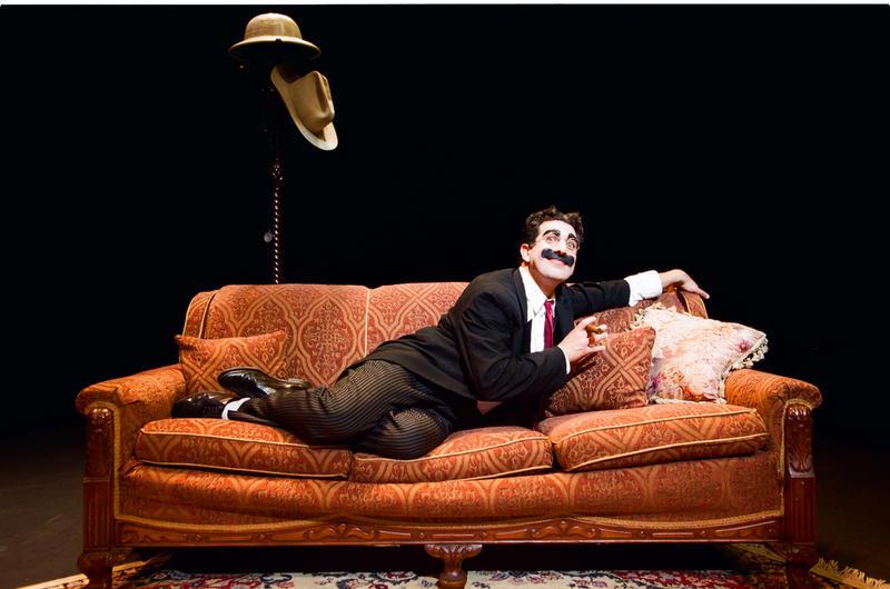 Actor Frank Ferrante as Groucho Marx.