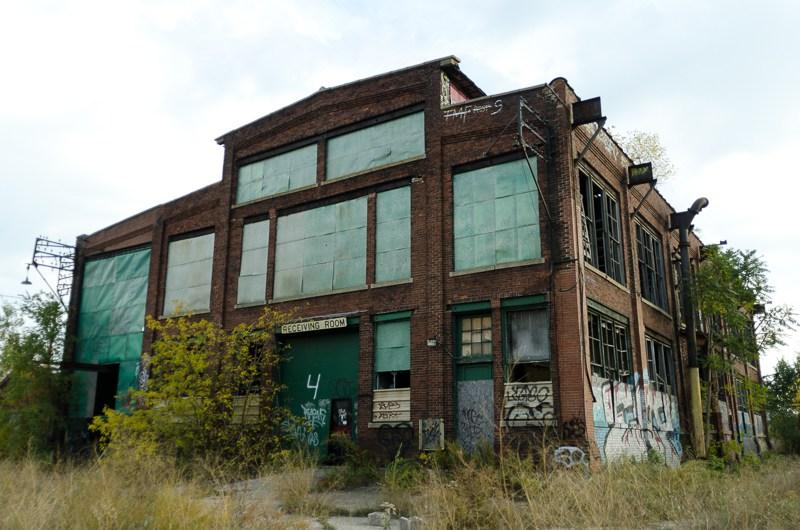 Abandoned Solvay building. Photo taken around 2005.