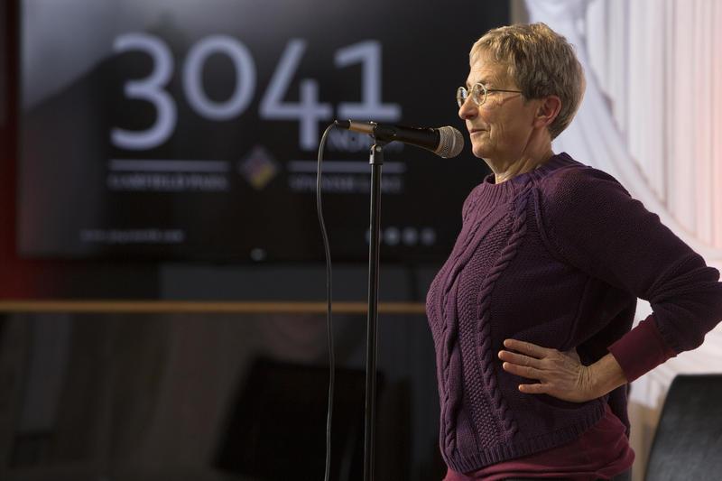 Storyteller Sue Blaustein