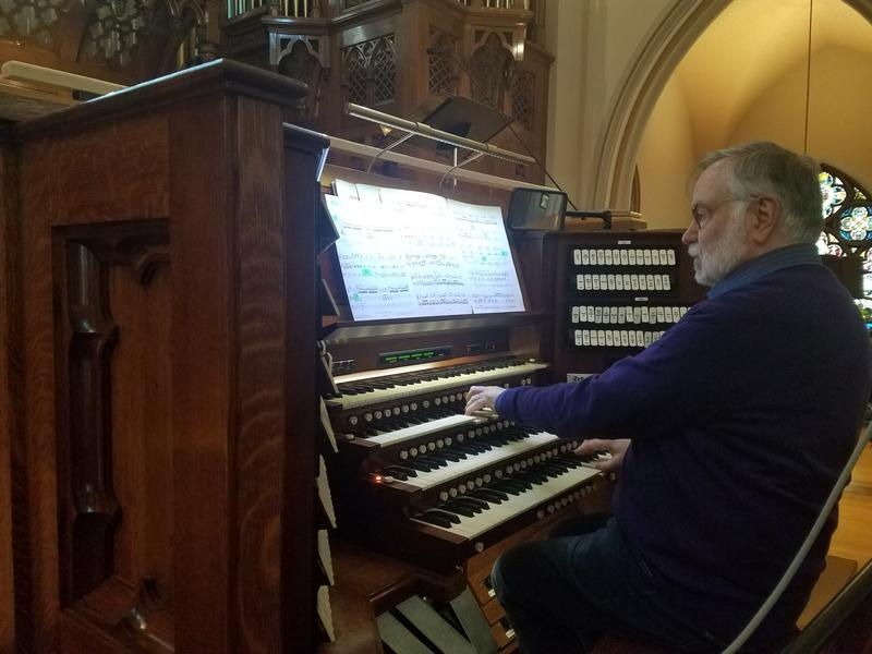 Jon Gillock at the organ