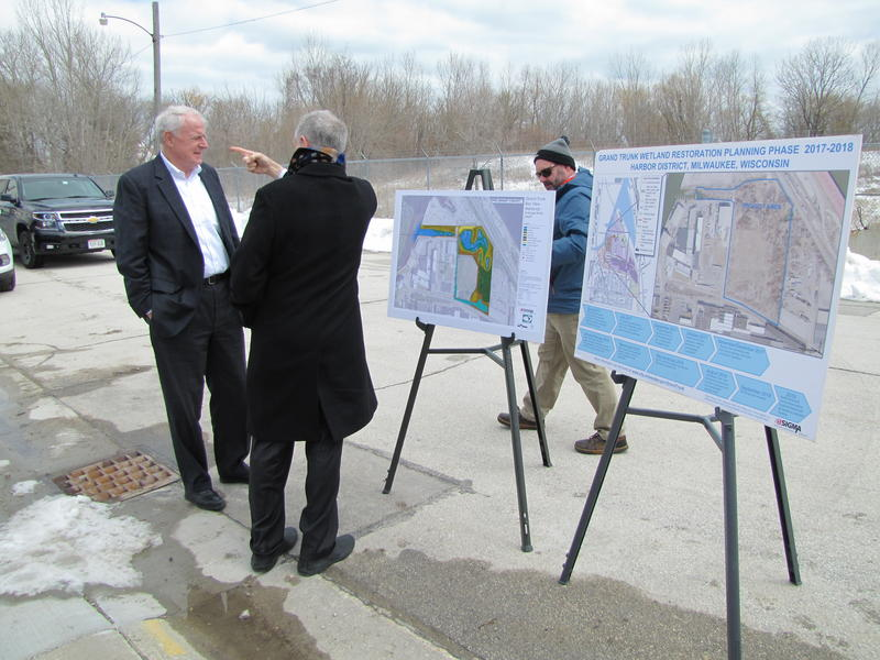 Mayor Barrett (far left) at Tuesday press conference announcing EPA grant to push forward restoration of the  Grand Trunk wetland located just behind the mayor's back.