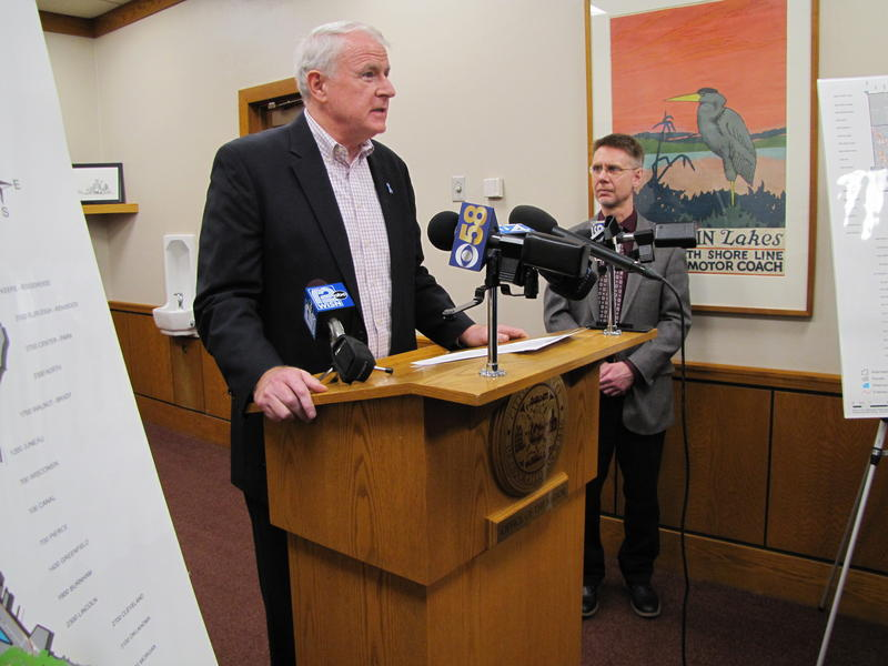 Mayor Tom Barrett and health department medical director Goeffrey Swain during Monday press conference.  Barrett did not mention Lisa Lien's status.