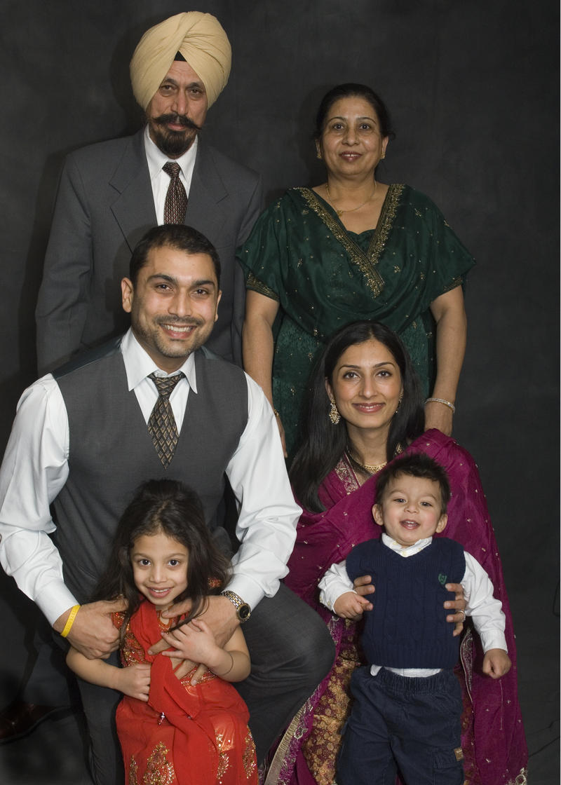 Pardeep Singh Kaleka with his parents and family (2010).