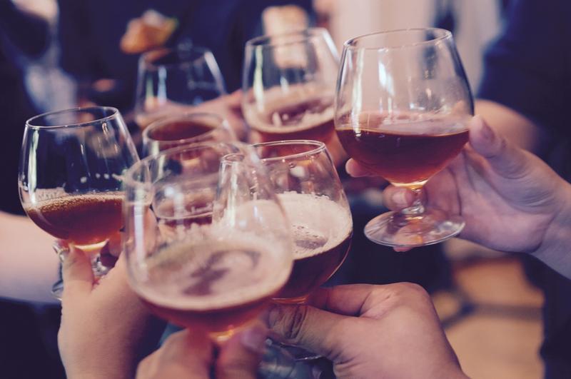 binge-drinking-men-women-alcohol-wisconsin
