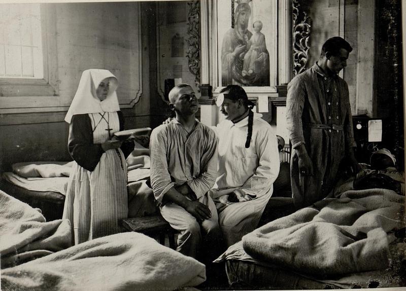 Surgical team, Field Hospital, Ostrozec, September, 1915
