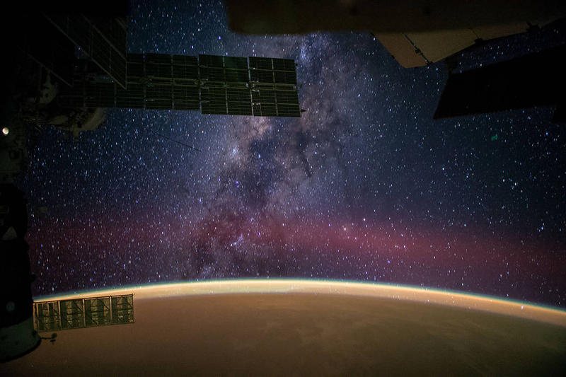 Milky-way-space-station