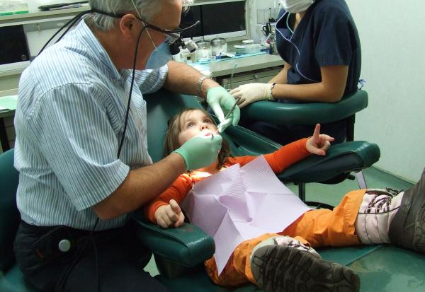 Too few low-income children in Wisconsin are getting proper dental care, a new report says.