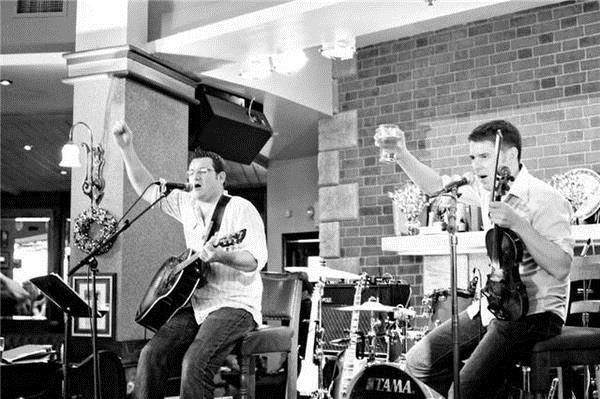 The band Creel performs at Irish Fest this year.