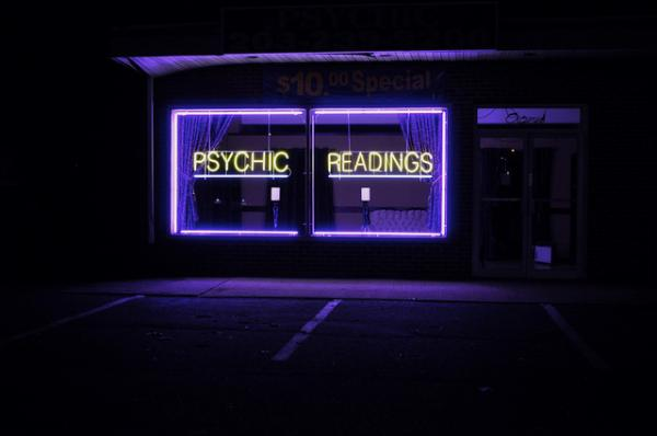An essayist, in search of why her late mother hasn't given her a sign, goes to a psychic.