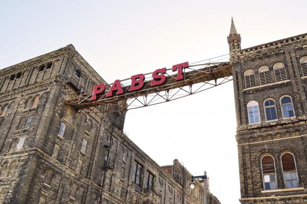 A group of Milwaukeeans are hoping to bring the Pabst headquarters back.