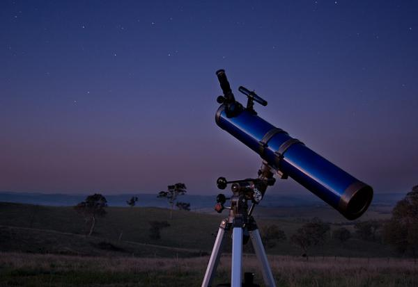 Dr. Jean Creighton describes what we can see in the night sky this time of year.