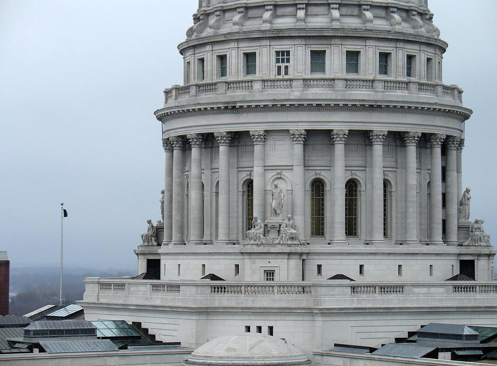 Senate OKs bills to curb opiate abuse