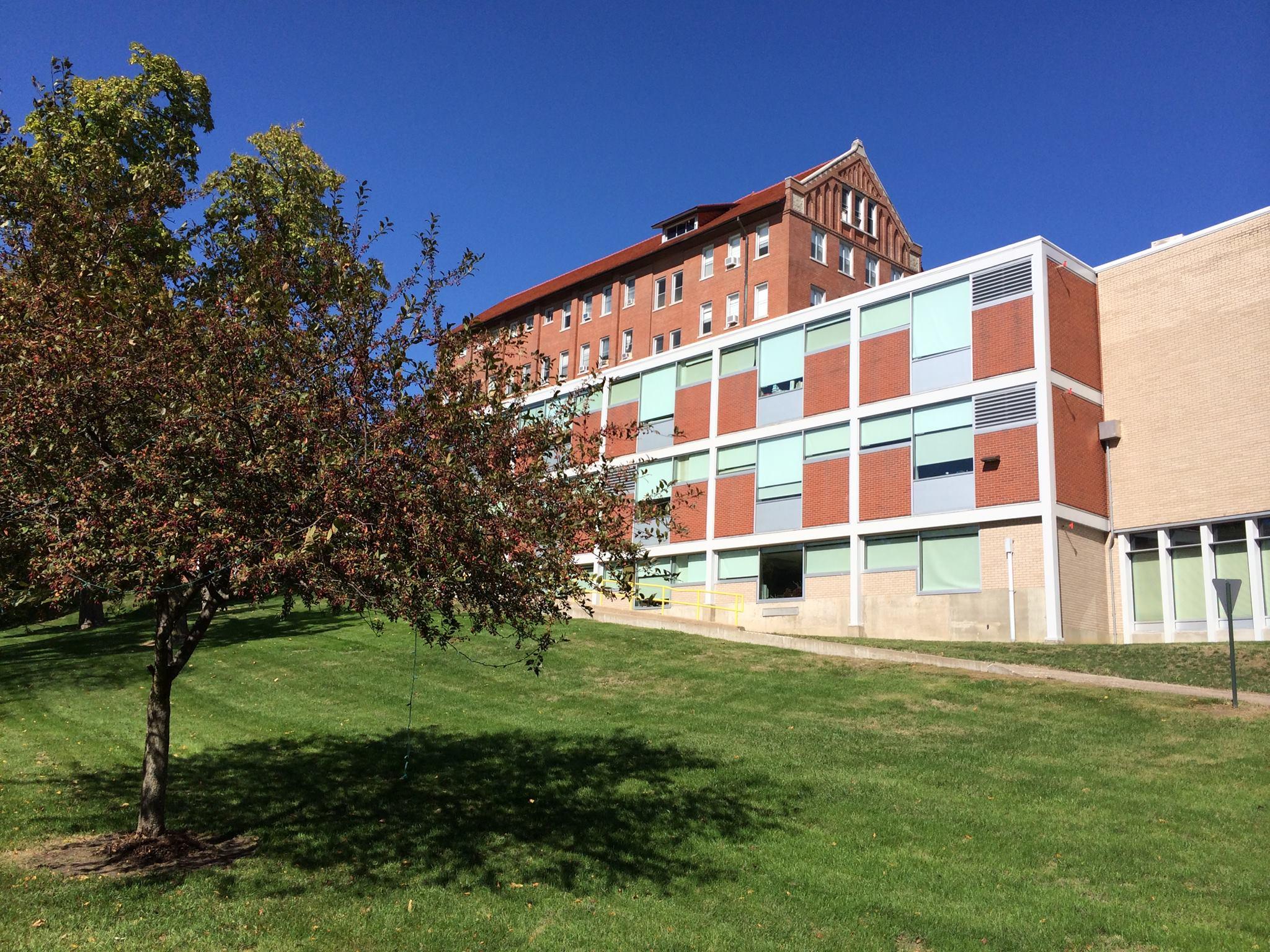 Ashford Closing Clinton Campus | WVIK