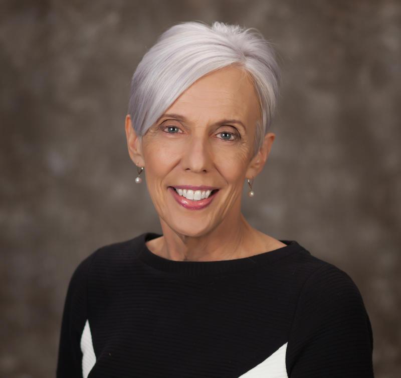 formal portrait of Dee Bruemmer, Scott County Administrator
