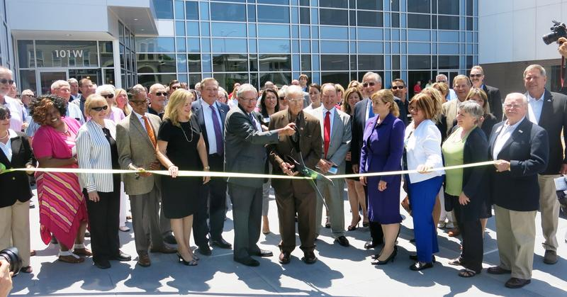 ribbon cutting for Scott Community College's new campus in downtown Davenport