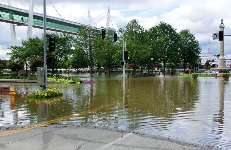 July 2014 - river at 21 feet, 1.6 ft. below 1993 record