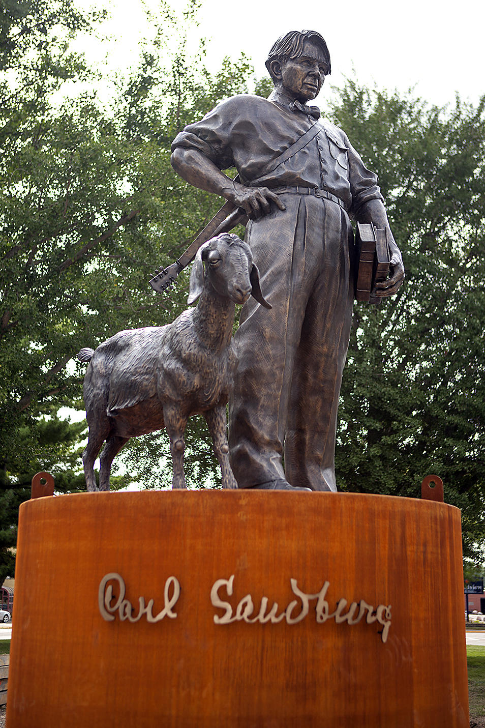 galesburg sculpture honors sandburg  nellie the goat