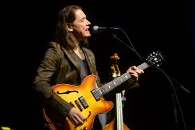 Robben Ford, live on Mountain Stage