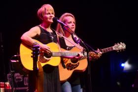 Shawn Colvin and Mary Chapin Carpenter on Mountain Stage