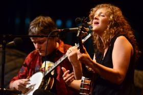 Bela Fleck & Abigail Washburn on Mountain Stage