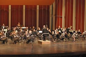 John Hendricks conducting the WVU Wind Symphony in concert.