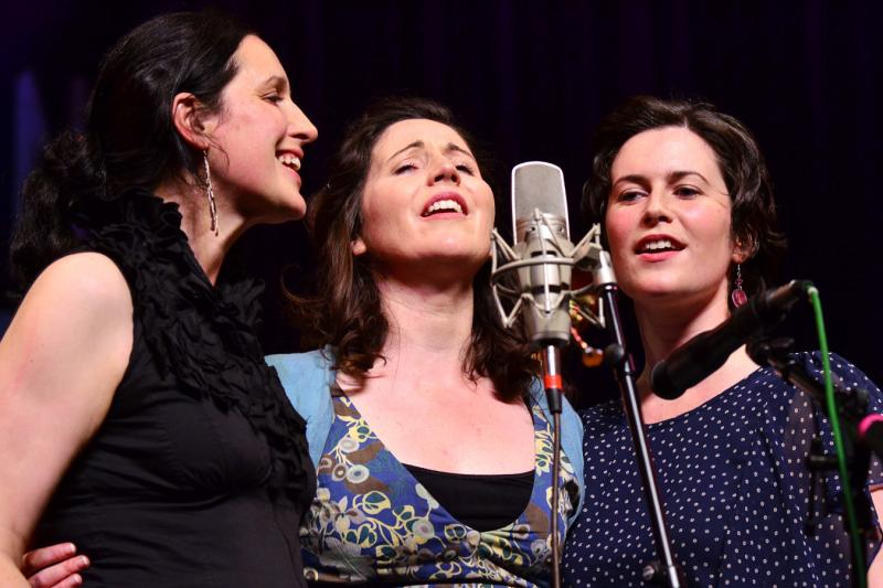 The Henry Girls live on Mountain Stage