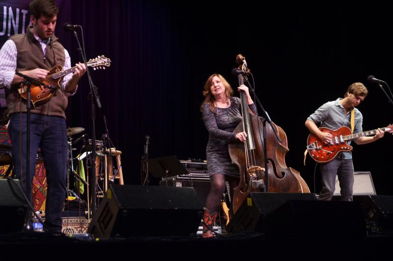 Missy Raines and the New Hip on Mountain Stage