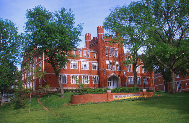 Marshall Reduces Price of Courses for High School Students