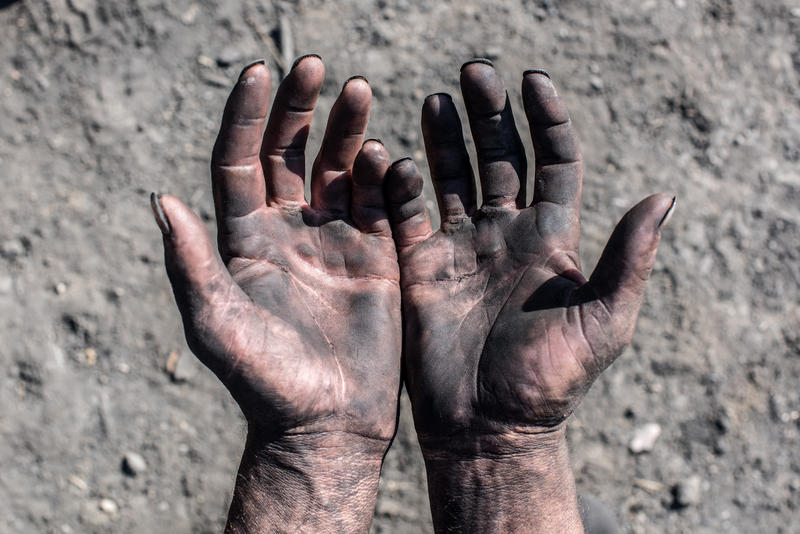 Coal, miners, rally, hands, dirty