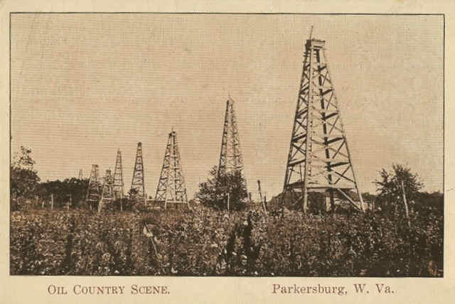 Oil wells near Parkersburg around 1910