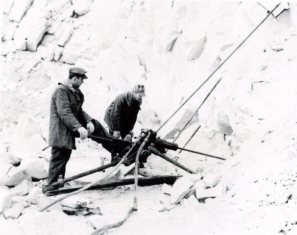 Drilling to blast