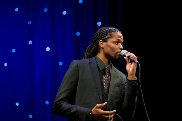 Landau Eugene Murphy Jr. sings some holiday favorites, old and new, this Thursday, Dec. 21 at 8pm on WVPB radio and TV networks.