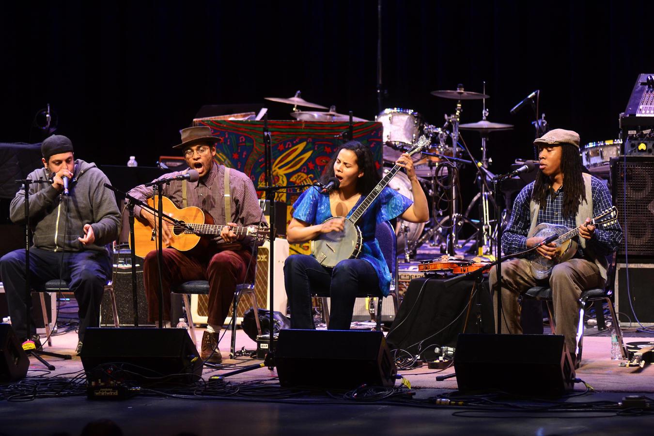 Mountain Stage: Nitty Gritty Dirt Band, Lucinda Williams, Carolina ...