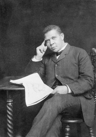 ben franklin and booker t washington Booker t washington: up from slavery (sons of liberty booker t washington tells the story of his life's journey up from obscurity washington became a.