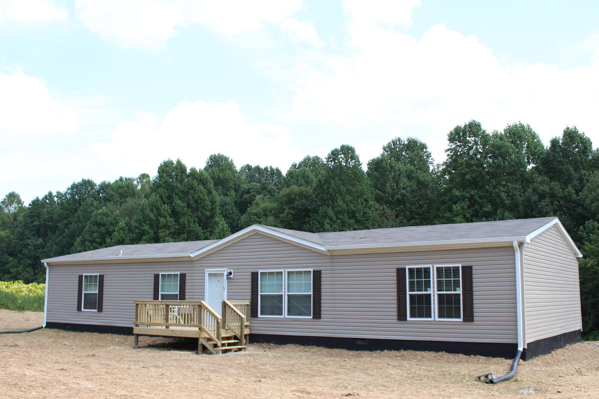 & Reversing the Cycle of the Mobile Home Money Pit | WVTF