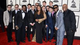 Snarky Puppy with Lalah Hathaway at the Grammy's.