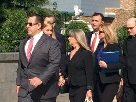 Maureen McDonnell arrives at the courthouse.